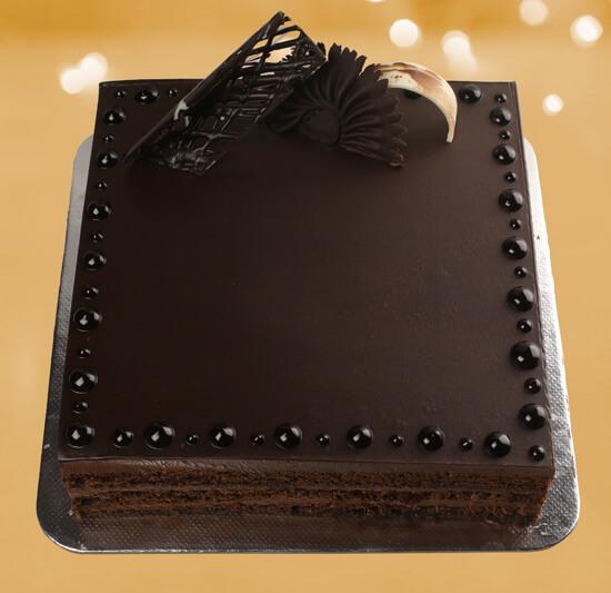 LAYERRED CHOCOLATE